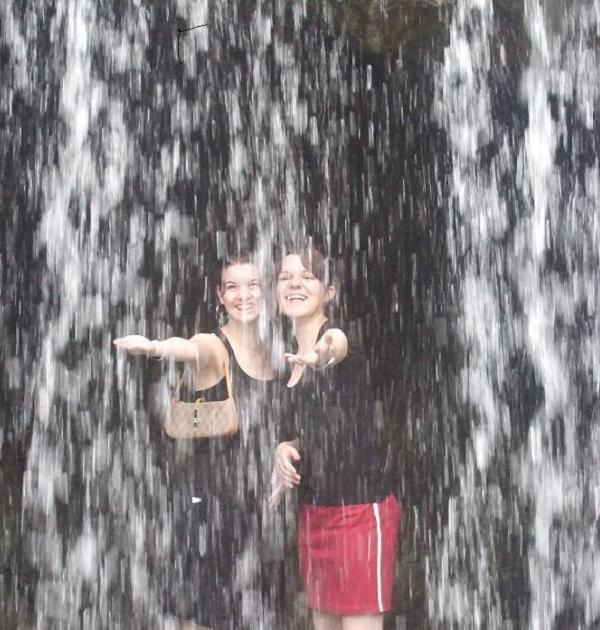 botanic_gardens_waterfall